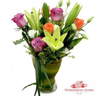 Singapore Flowers Delivery By Wonderful Flora, Order Hand Bouquet.