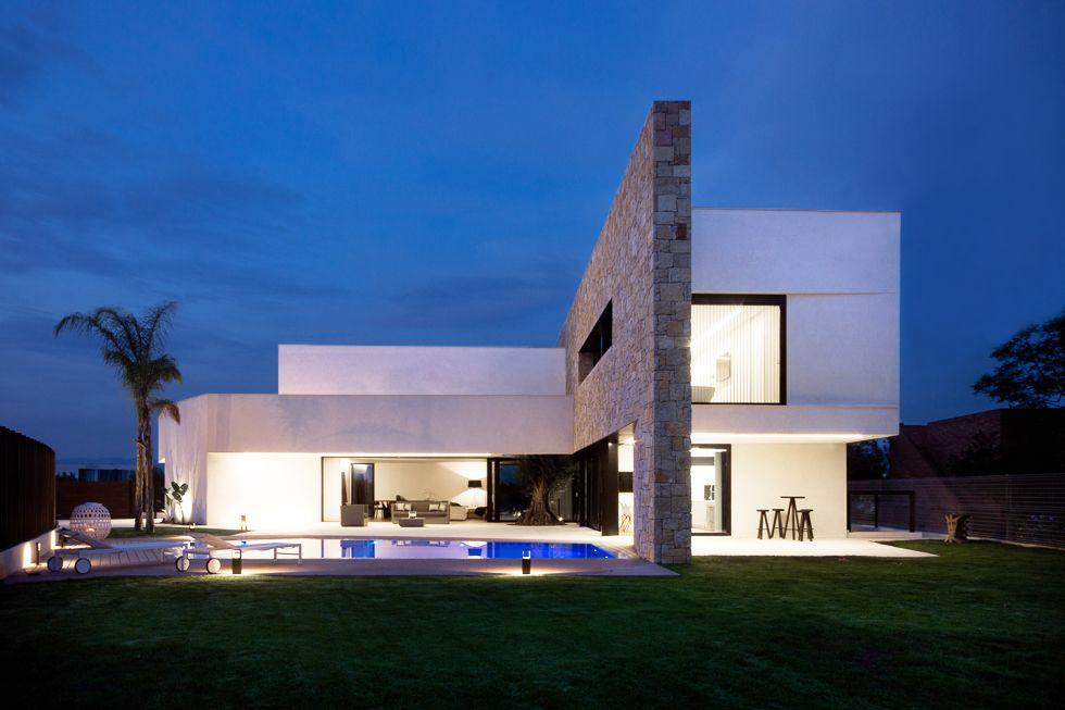 Chiralt Arquitectos Valencia I Vivienda Moderna Minimalista Con Piedra  Natural. Luxury