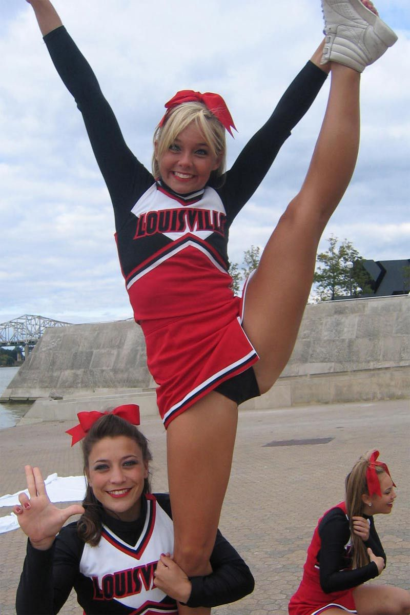 Cheerleader college picture upskirt