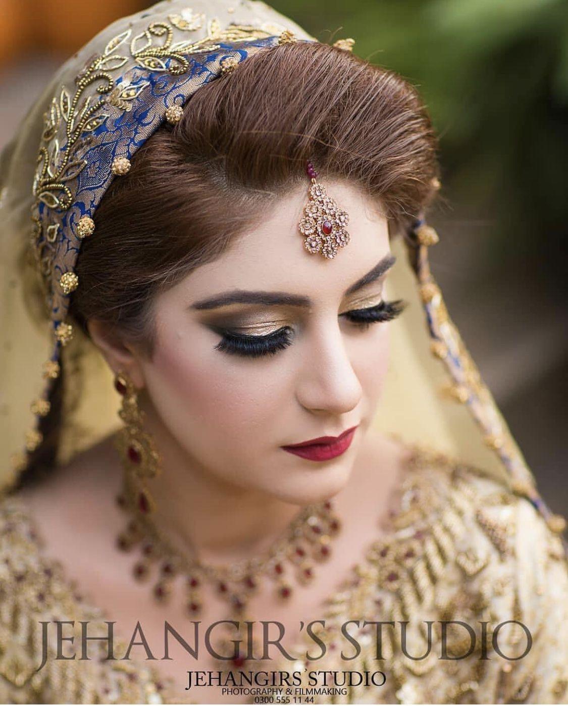 Pretty Bridal Makeup Bridal Pictures Beautiful Bride