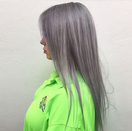 Billie Eilish Updates On In 2019 Hair Crave Billie Eilish Grey