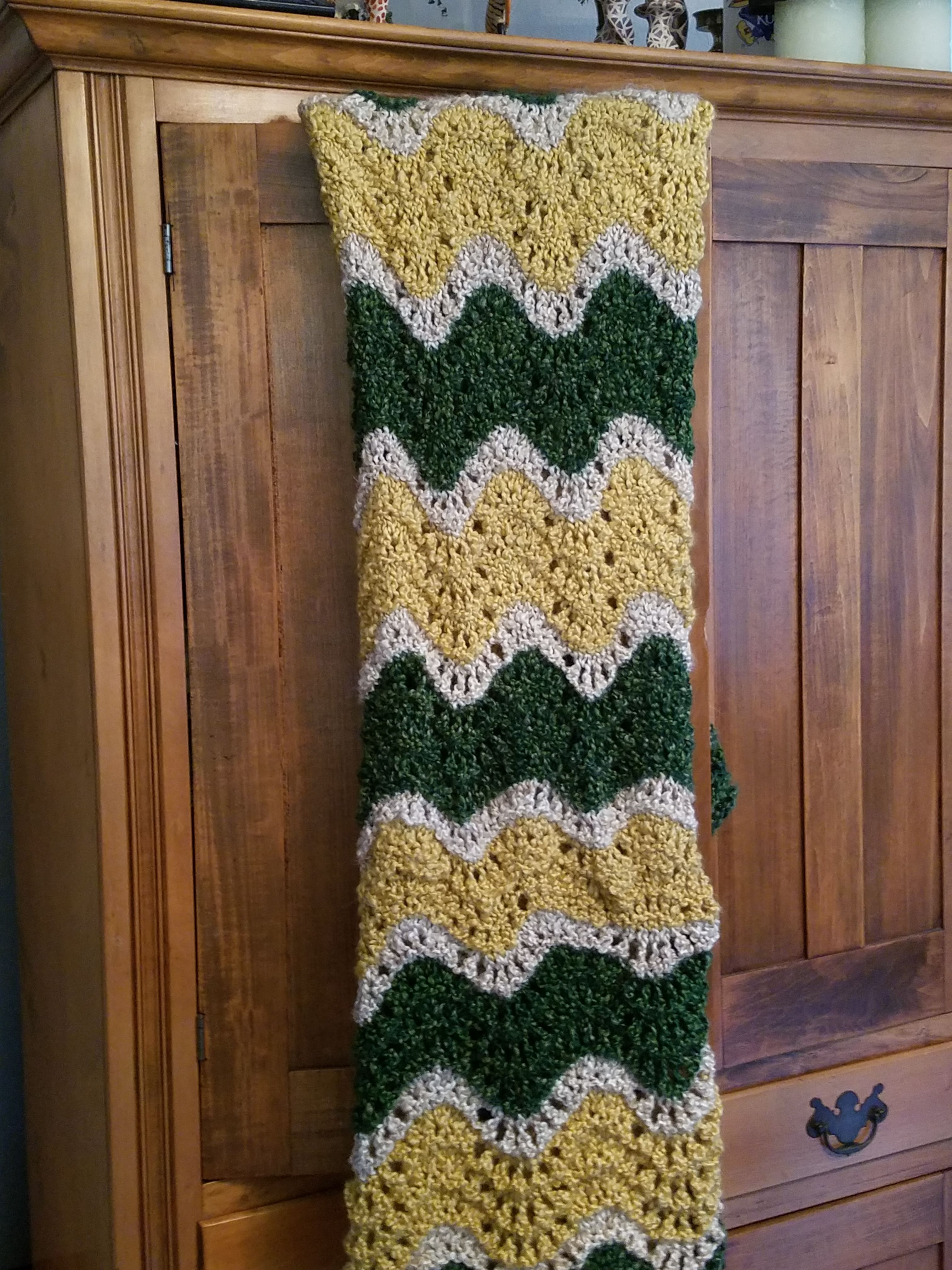 Feather and Fan afghan, pattern by Knit One, Purr Too, in Lion Brand ...