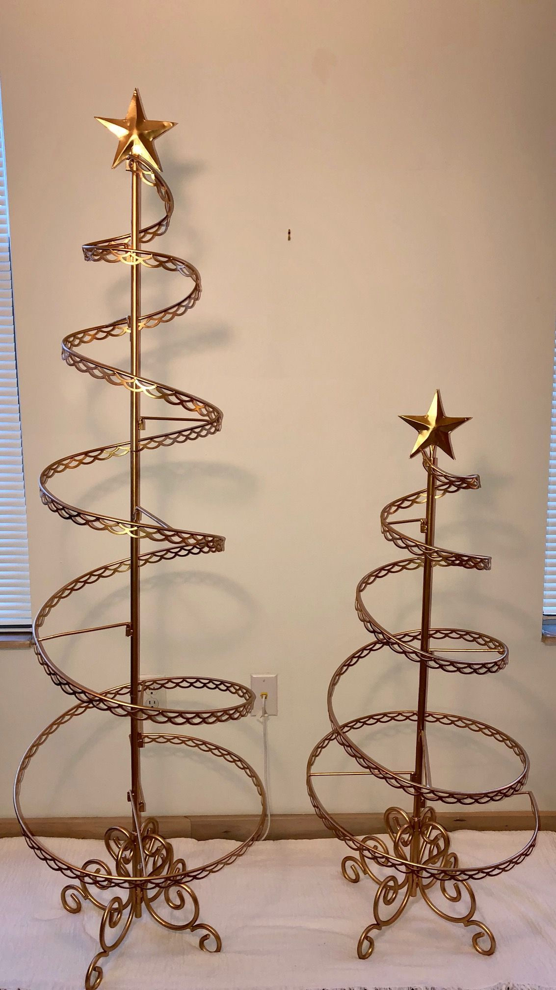 Ornament Trees Spiral Wire Ornament Tree 6 Foot Ornament Display Trees Ornament Tree Display Ornament Display Spiral Christmas Tree