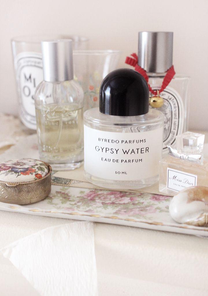 gypsy water: bergamot, juniper, orris, amber, pepper, and sandalwood nestled in pine needles.