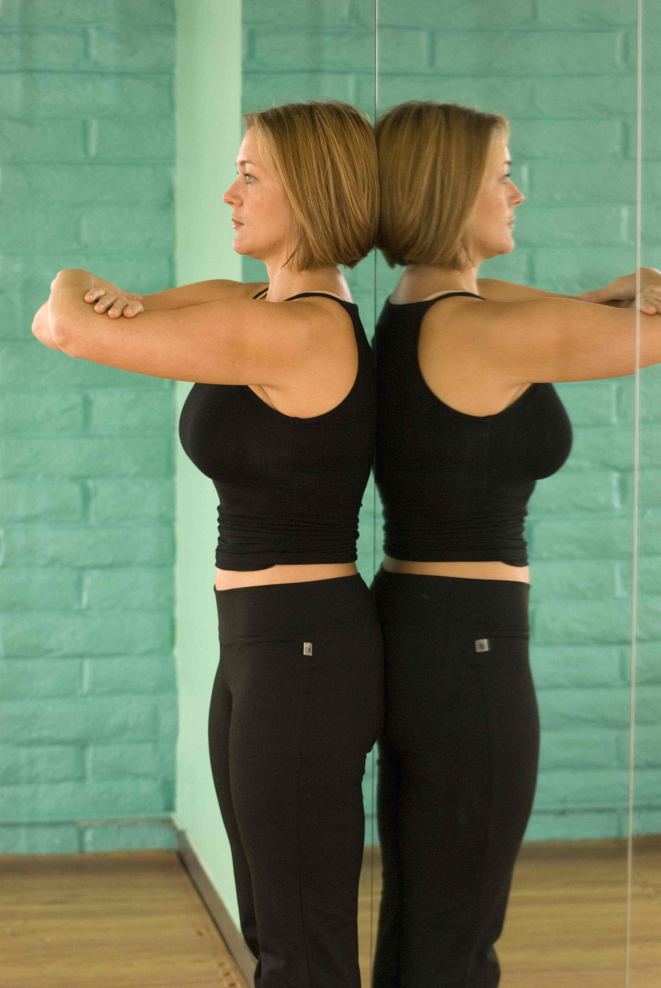 Heaven for alignment junkies: Load Bearing 101: Lessons From Katy Bowman in How to Hold Your Own Weight