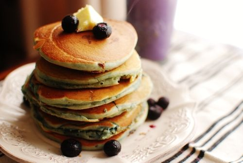 Fluffy blåbærpannekaker uten sukker