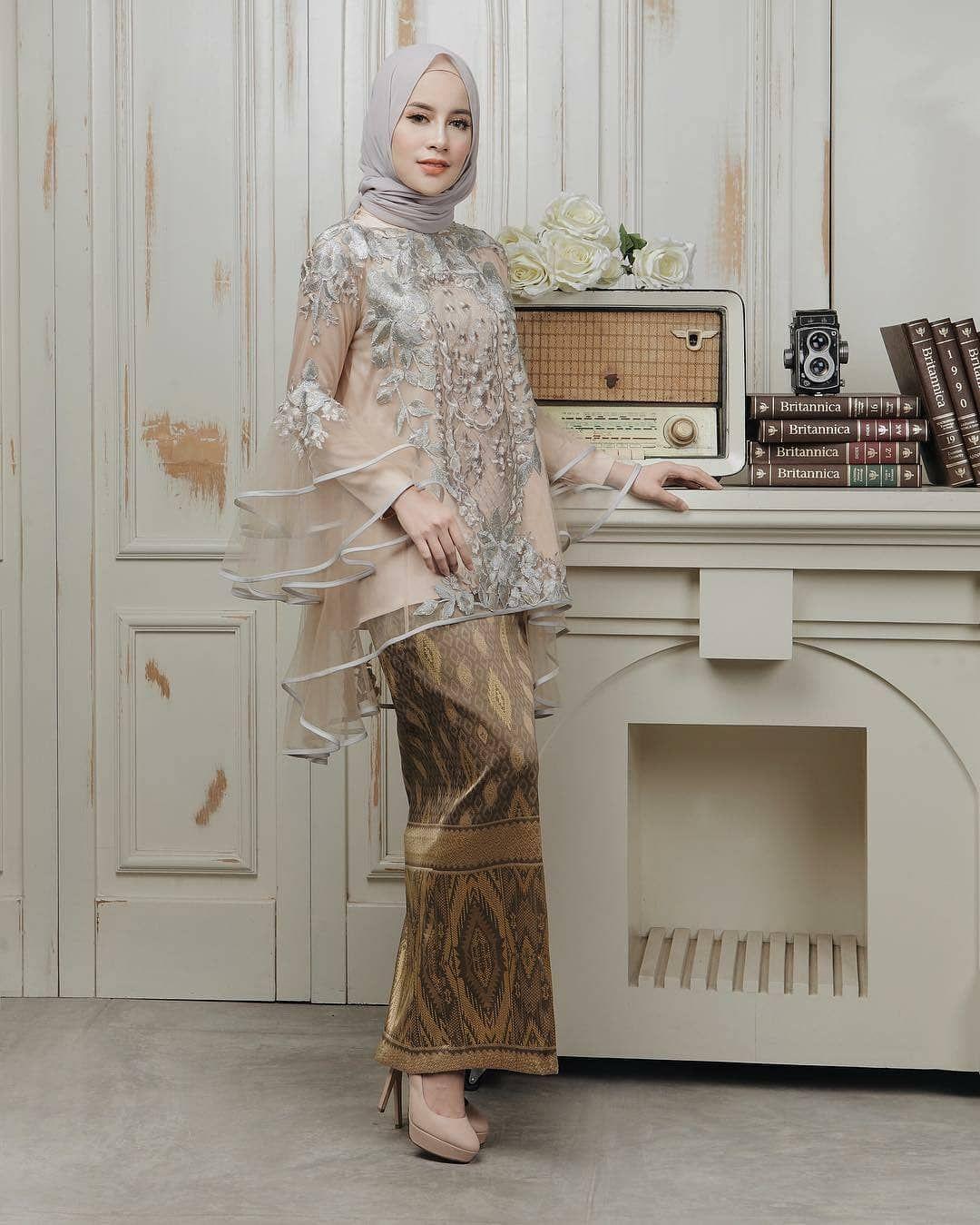 Pin By Nuna Jafrie On Kebaya In 2019 Kebaya Dress Kebaya Hijab