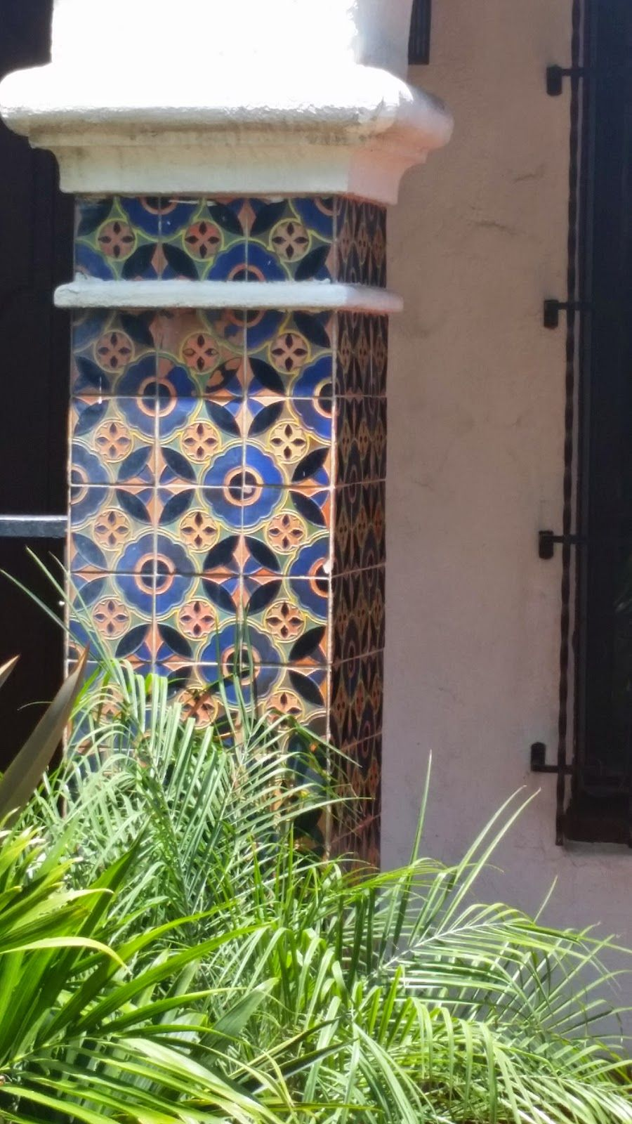 Spanish Tile Details Charm This Los Angeles Neighborhood With