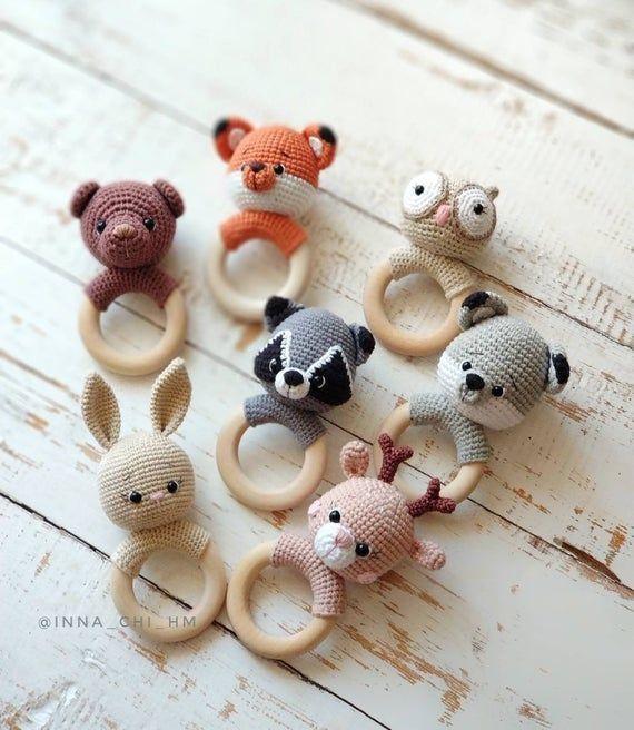 Baumwolle Baby Rassel, Bio Rassel, Wald-Baby-Dusche-Geschenk, Fuchs Racoon Eule Hirsch Wolf Bär, Baby-Geschenk-Spielzeug für Wald Themen Baby-Dusche – Handwerk