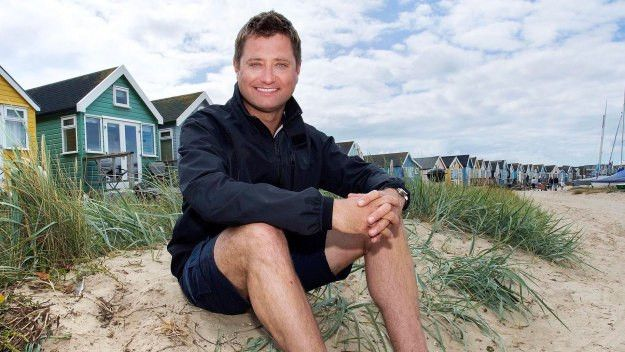 George Clarke\'s Amazing Spaces - George Clarke\'s Amazing Cabins in ...