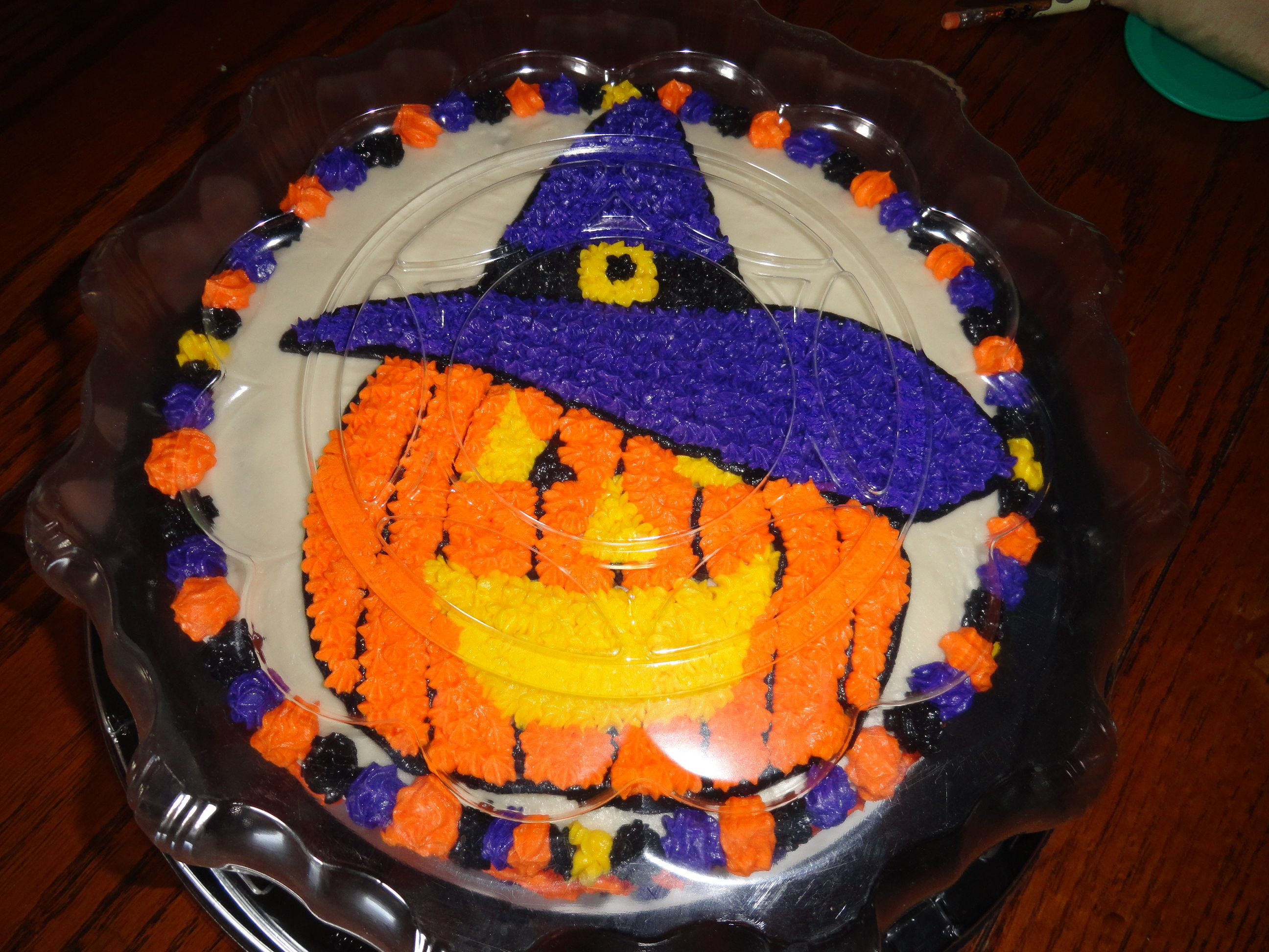 Halloween cake My cakes Pinterest Halloween cakes, Cake and - Halloween Cake Decorating Ideas