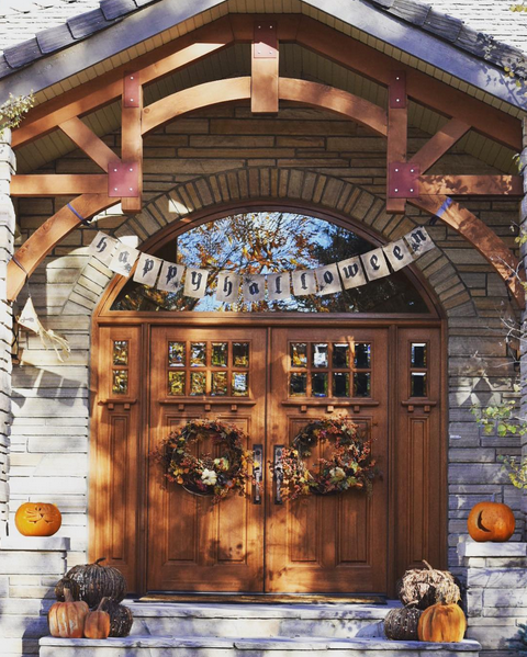 A Fabulous Fall Front Door Pottery Barn Fall Front Door Fall Door Decorations Halloween Front Door Decorations