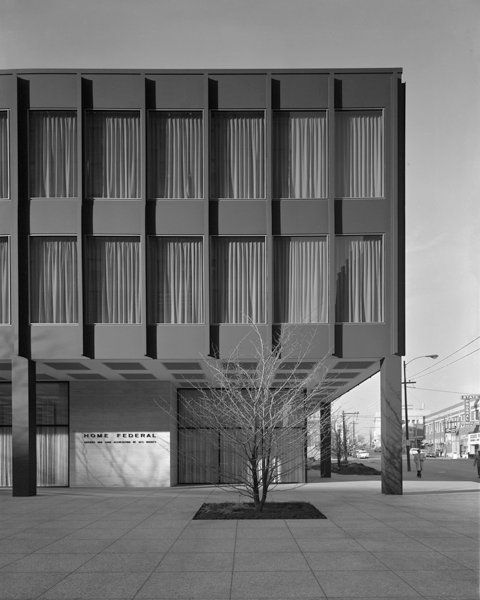 mies van der rohe… home federal savings and loan association building, des moines, 1959