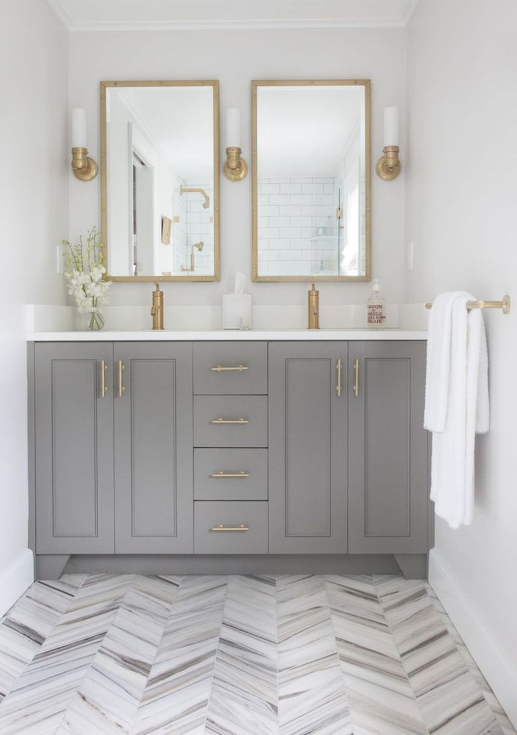 Cool 47 Awesome Small Master Bathroom Remodel Design Ideas. More at ...