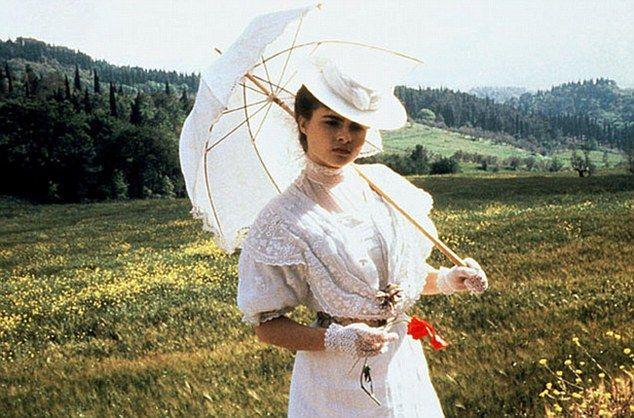 Helena Bonham Carter as Lucy Honeychurch in \