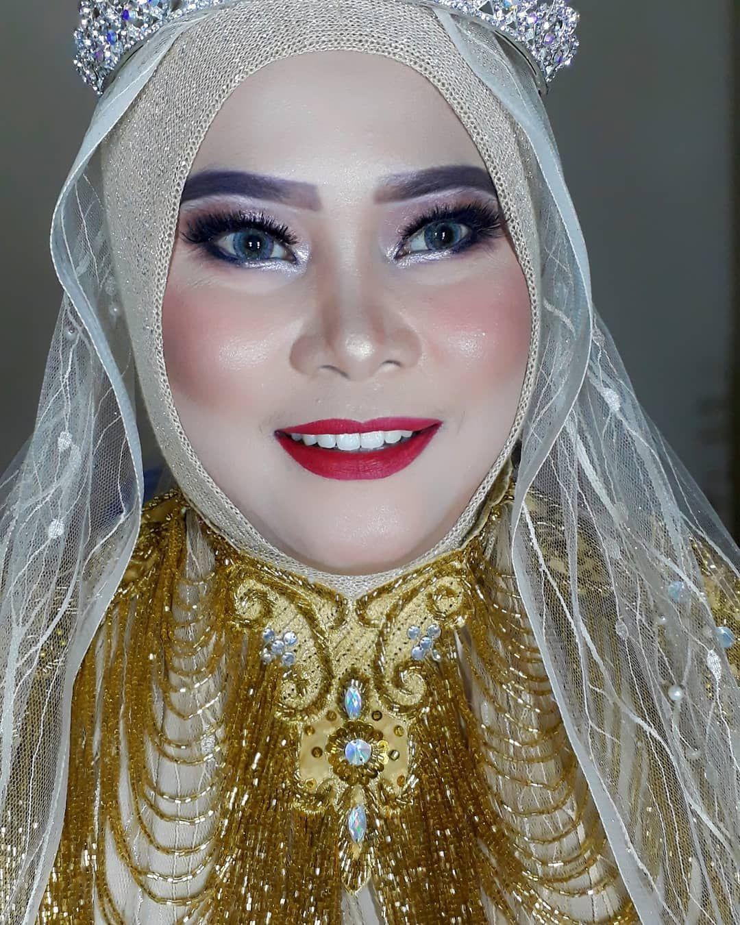 Makeup For Ibu Hajat Acara Sunatan 21juli2019 Khitanan Khitananak Makeupbandungpromo Makeup Makeupakadnikah Makeupbandu Makeup Damaged Skin Make Up