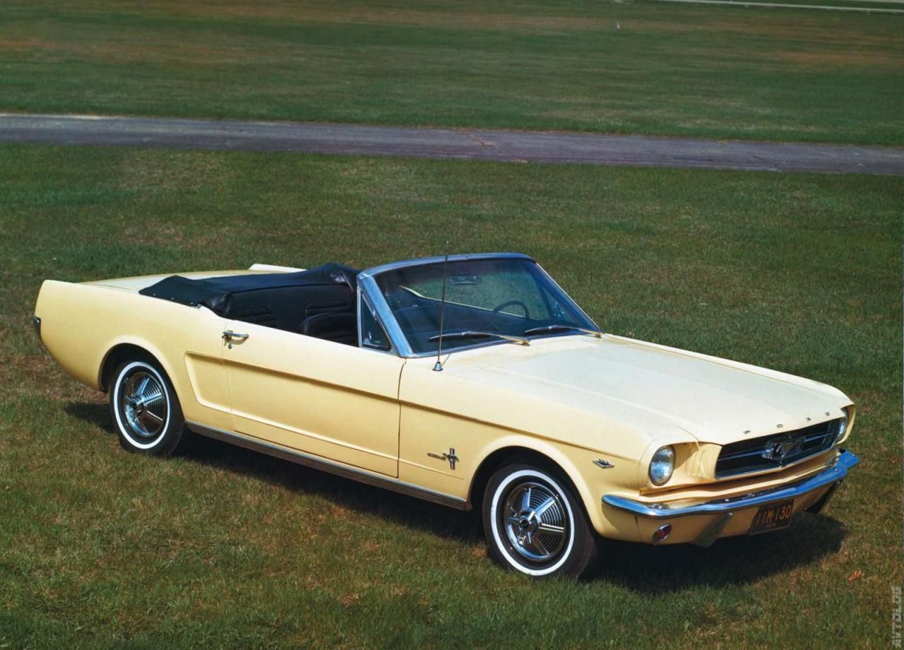 1965 Ford Mustang. best. car. ever....like our car! This was the ...