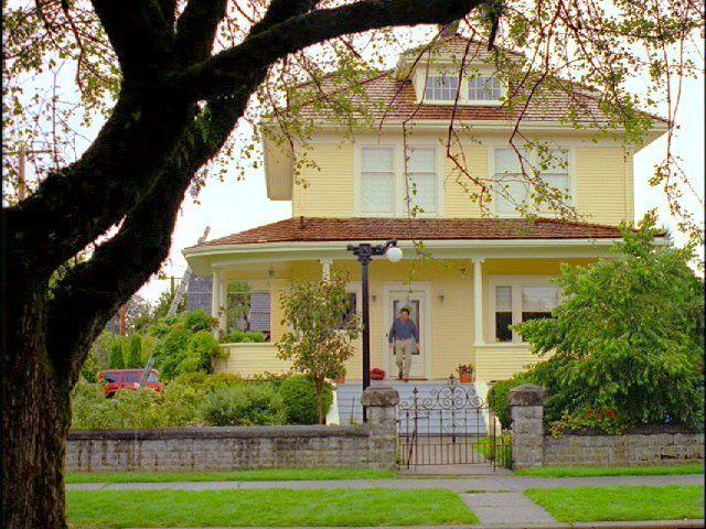 Beautiful Painted Yellow Brick! No Shutters! Colorful Door!
