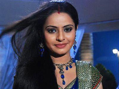 Binny Sharma Quits her show!