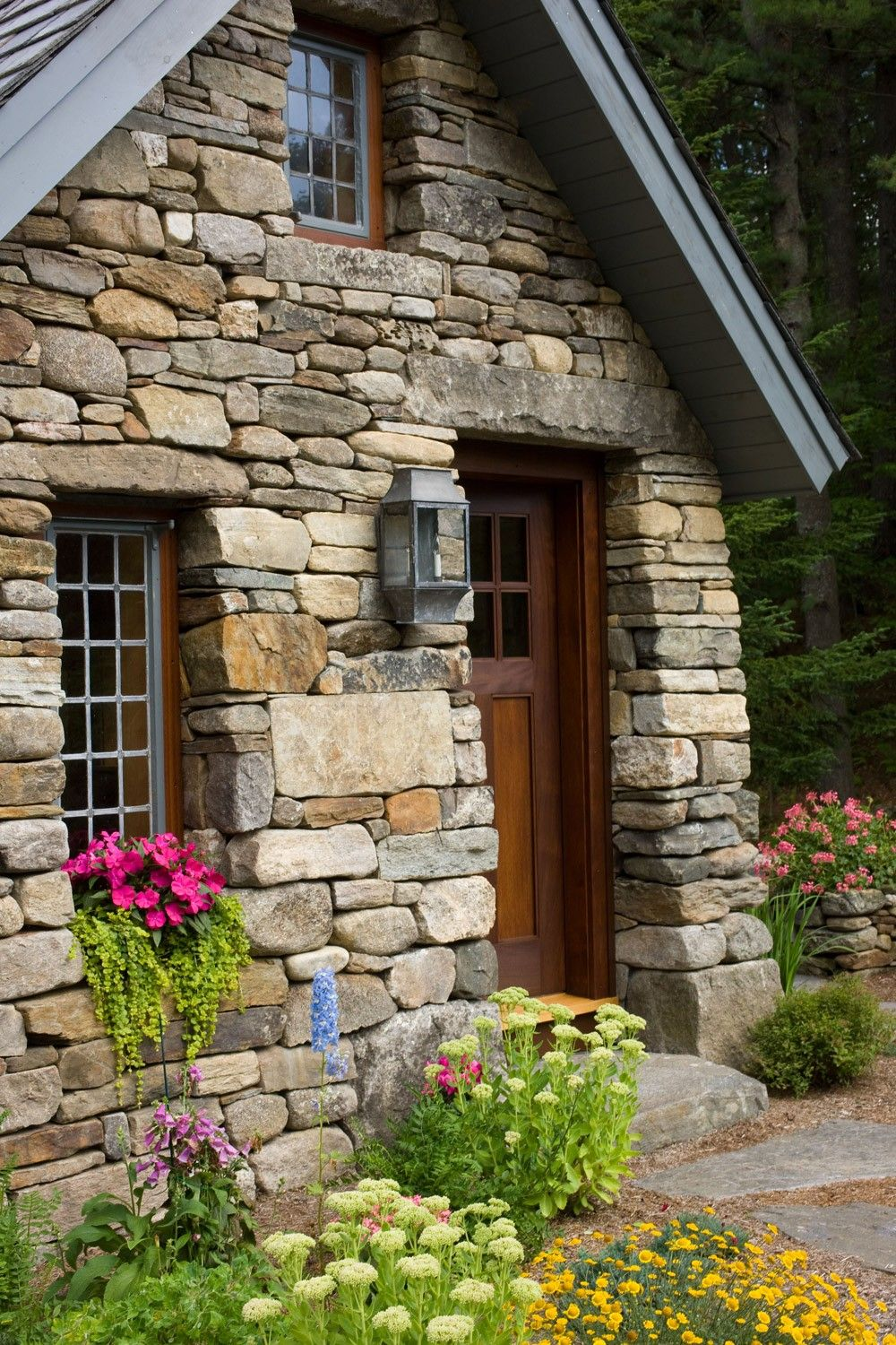 Thoreau-inspired cabin in the country. #entrywayideas