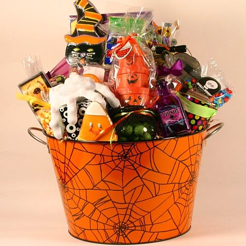 halloween gift baskets halloween spooktacular gift basket