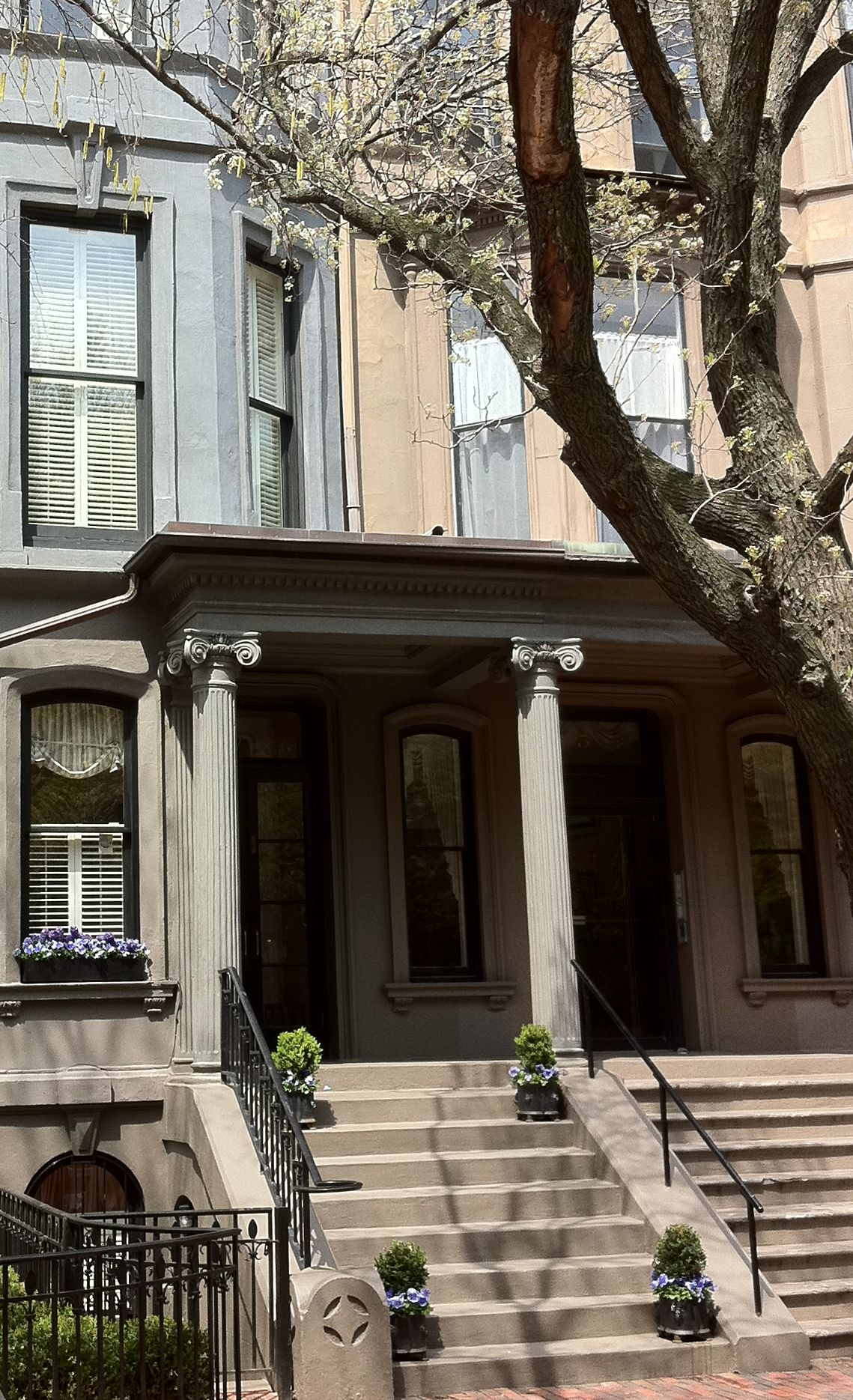 This exquisite two unit condominium is located on the first block of Marlborough Street in Boston's Back Bay. This stately home, built in 1863, is a perfect illustration of how Murphy and Jordan and Brownstone partner up to provide complete protection, both inside and out.