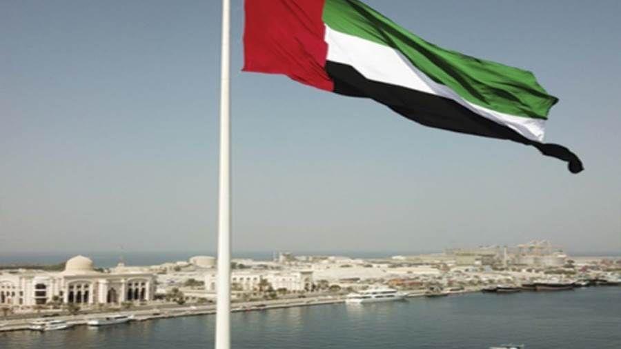 صحيفة الإمارات تأسست ونمت وصعدت للقمم بفضل الروح الوطنية للمؤسسين والخلف Outdoor Decor Outdoor Home Decor