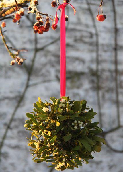 Mistletoe ball wreath