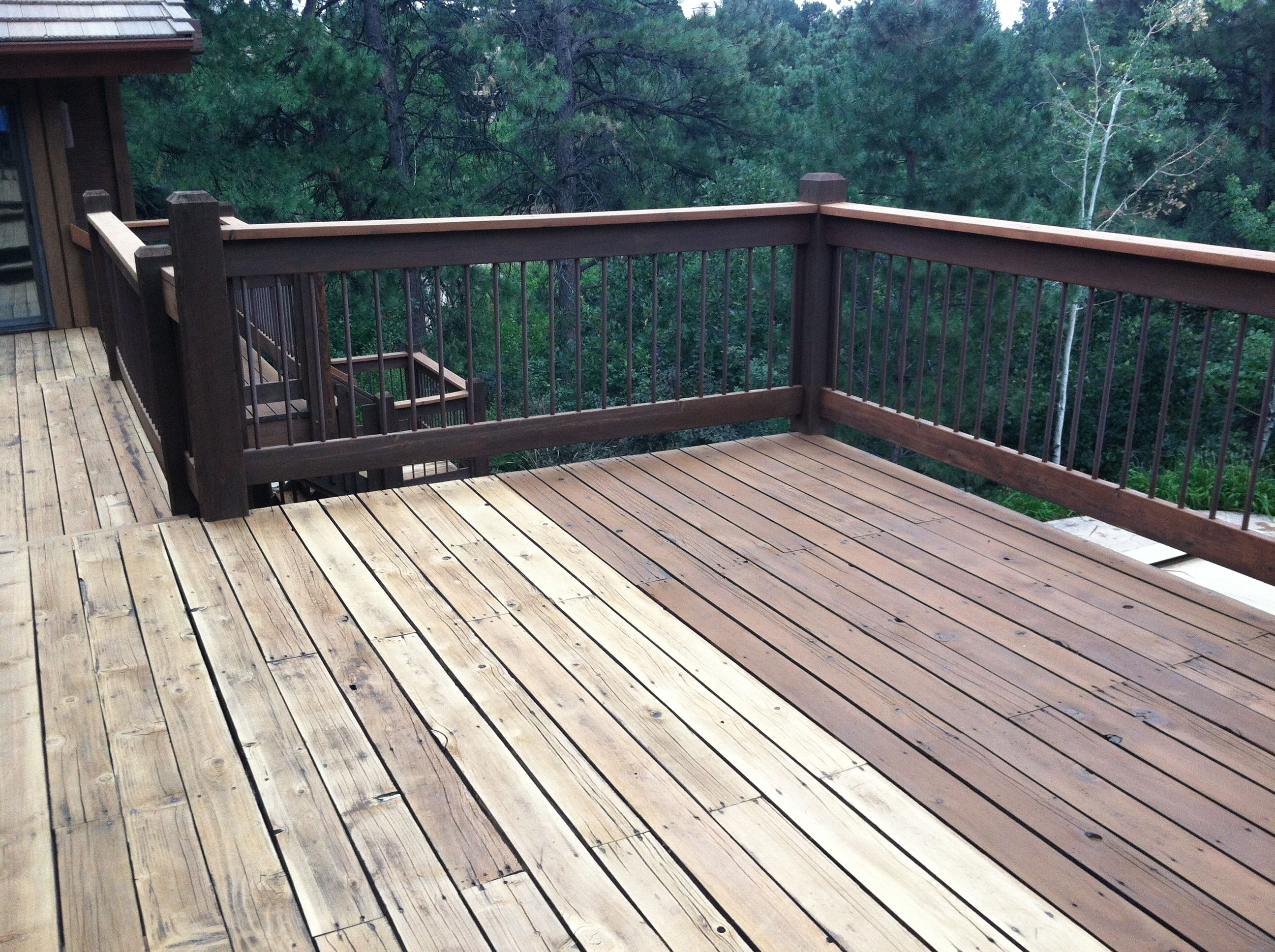 Cabot deck stain in semi solid bark mulch half stained for Garden decking varnish