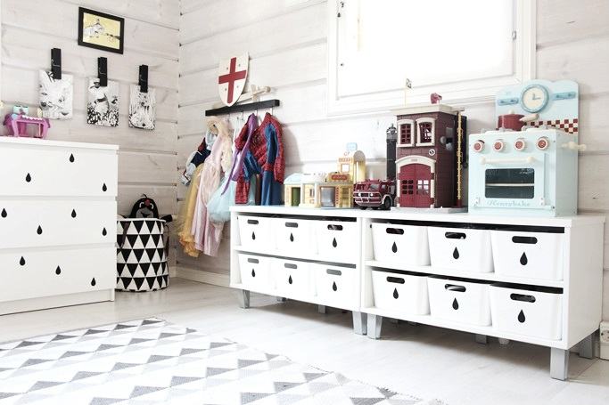 black and white children´s room, ikea, ferm living