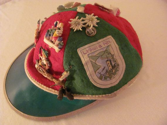 Etsy の 1950s Souvenir Cap With Nine Vintage by FrauleinCurlysShop