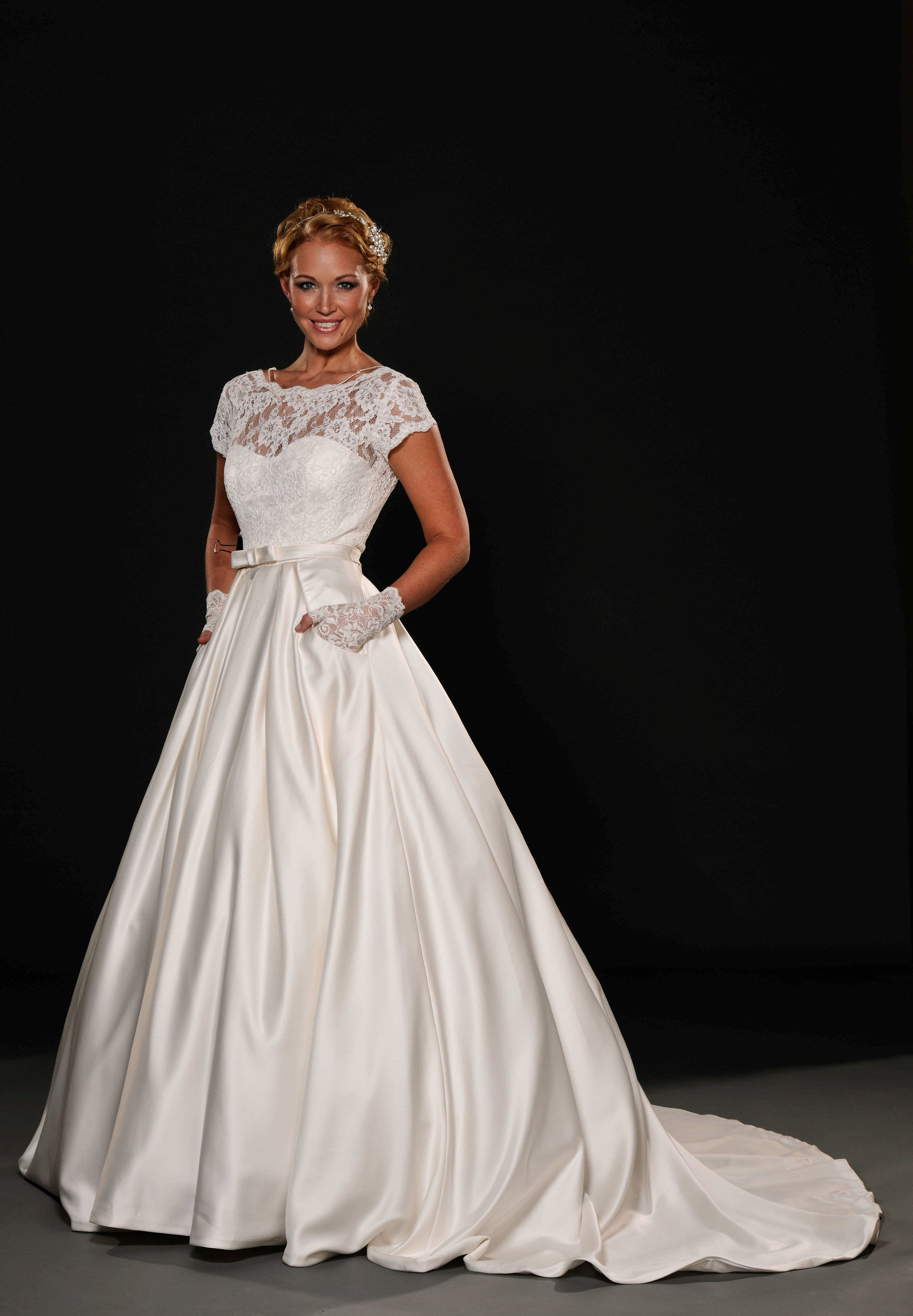 SALE Wedding Dresses Joyce Young By Storm Wedding