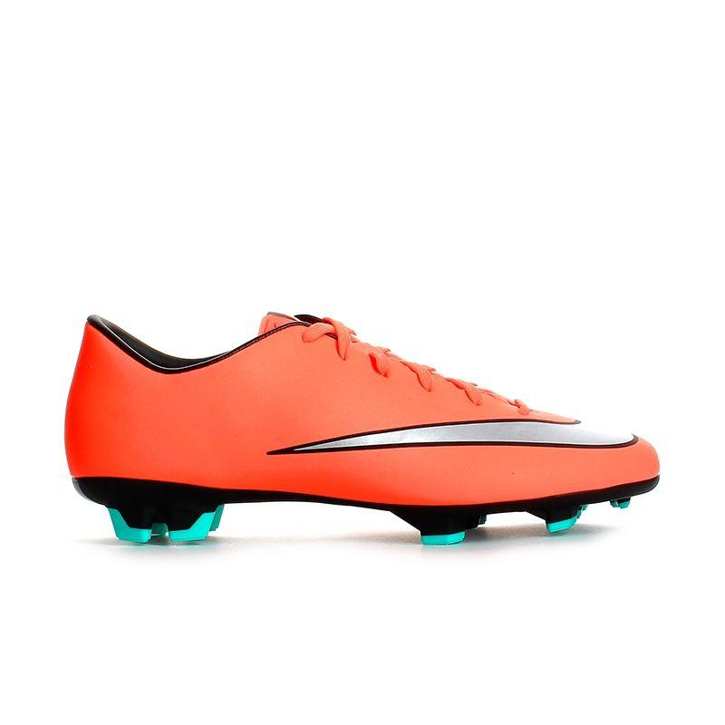 BOTAS de Fútbol. Compra online BOTAS | Base Tienda de