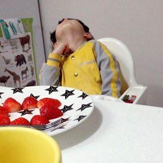 아고 졸려~?