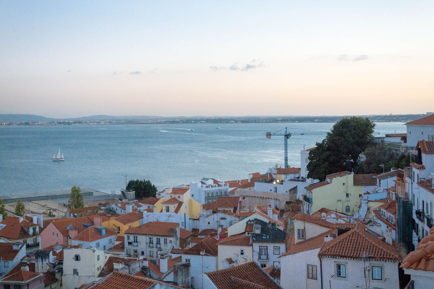 Lisbon Guide in 10 Steps - Loved and Wanderlust #lisbon