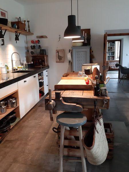 """""""Wir leben definitiv in keinem 'Möbelhaus-Zuhause'."""" – Zu Besuch bei tirolliving in Tirol"""