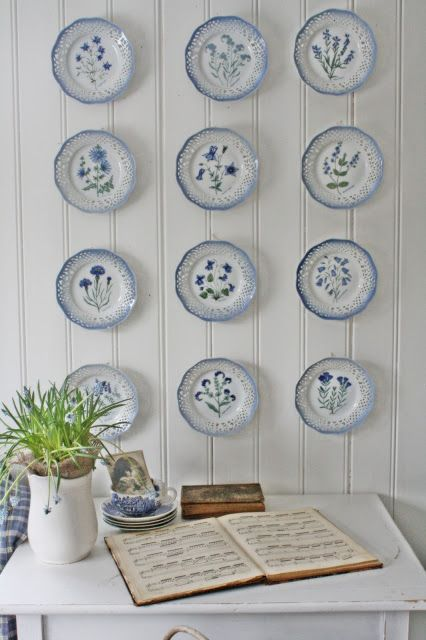 Love The Wall And Blue White Plates On China Decor