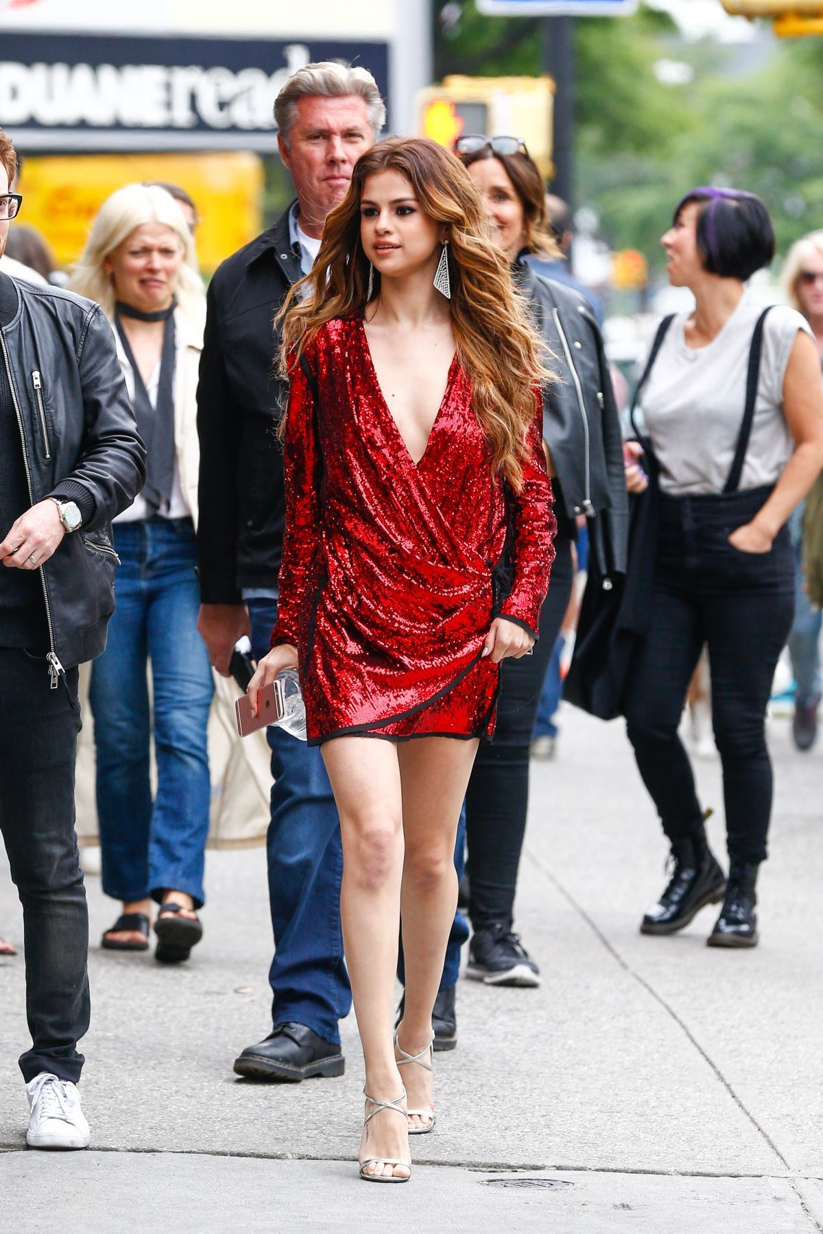 Selena Gomez out and about in New York 06-03-2016