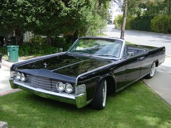 1965 Lincoln Continental What a car !! Just missing my kids car seat