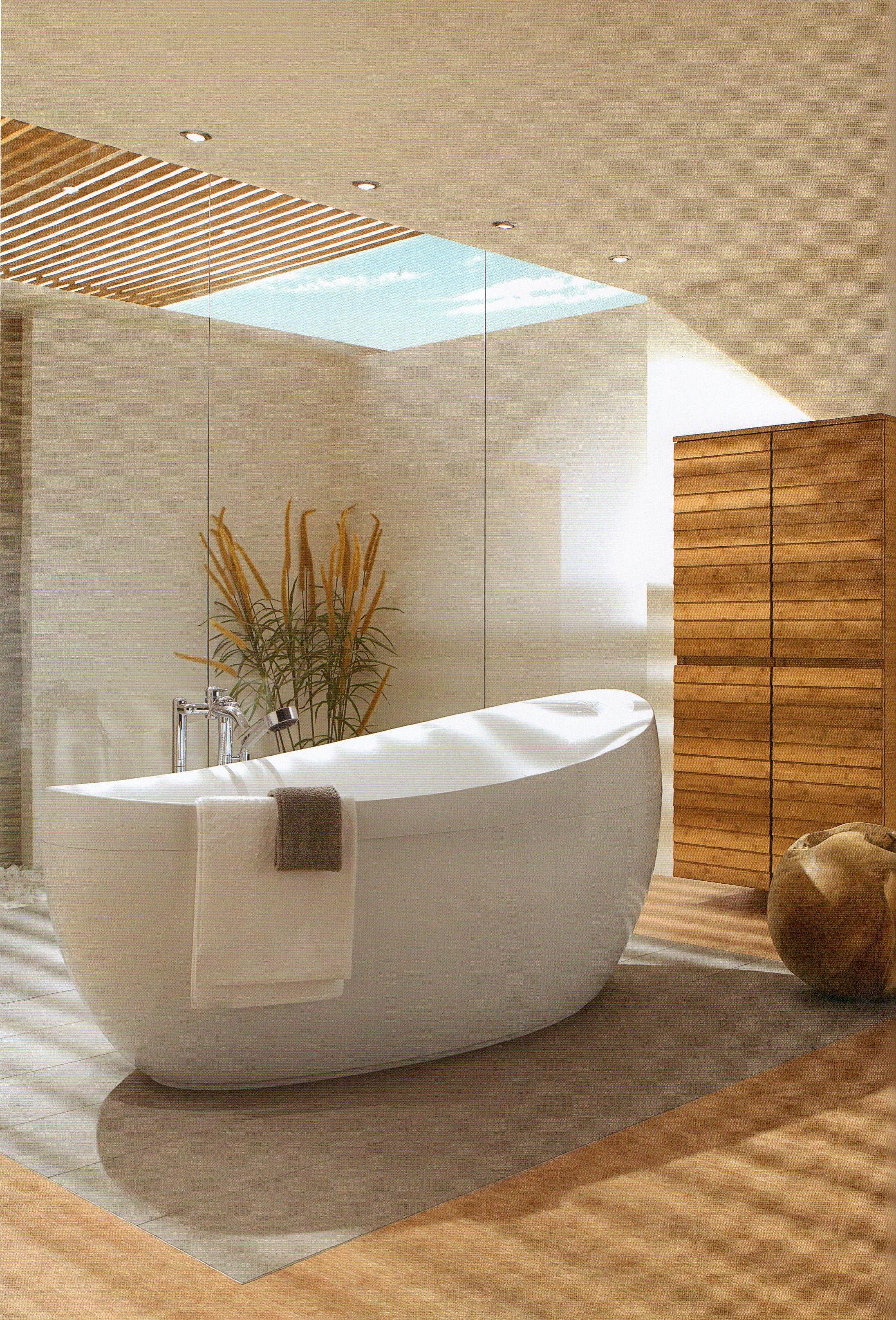 Freistehende Badewanne Badewannen Entspannung Badezimmer Kreativ Architektur Badgestaltung Inspiration Moderne Badgestaltung