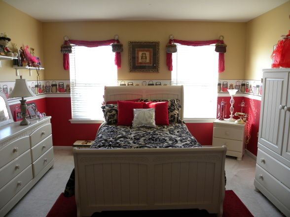 Cute 12 Year Old Room Decor Ideas My 12 Year Old Daughters Bedroom I Used A Damask Comforter