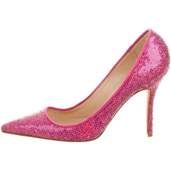 Pre-owned Manolo Blahnik Sequin Pointed-Toe Pumps (235 CAD) ❤ liked on Polyvore featuring shoes, pumps, pink sequin pumps, manolo blahnik shoes, pointed toe pumps, sequin shoes and manolo blahnik