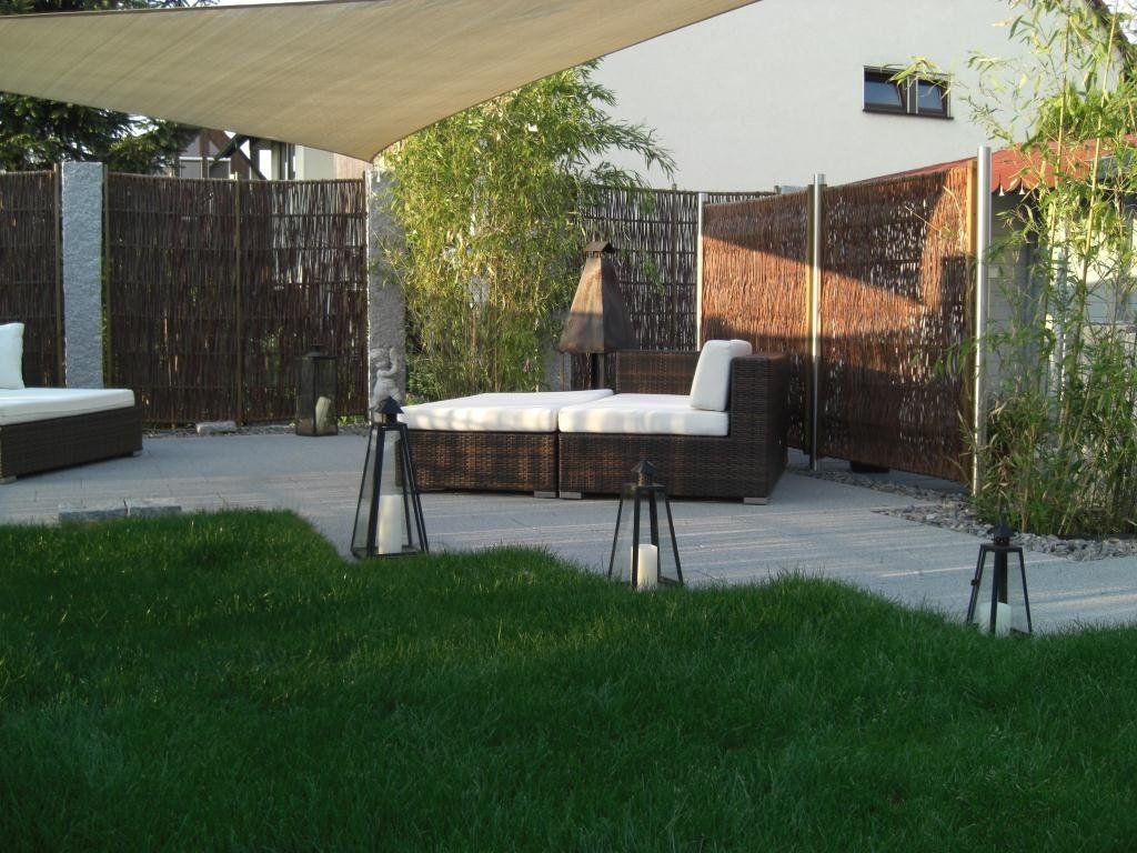 weidenzaun massiv solid mit granitstelen giardino accessori pinterest zaun sichtschutz. Black Bedroom Furniture Sets. Home Design Ideas