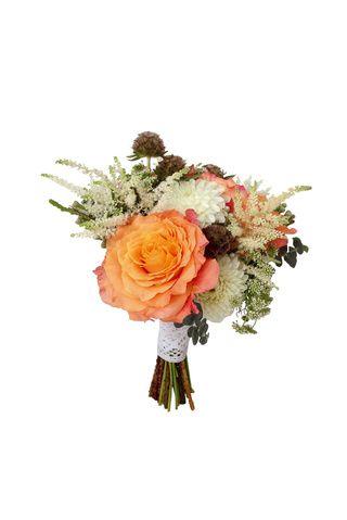 BOUQUETS A LA CARTA    Tonos empolvados, coral y rosa chicle. Esas son las tendencias para la primavera. Contrata el servicio de un bouquet planner y se encargará de todo.