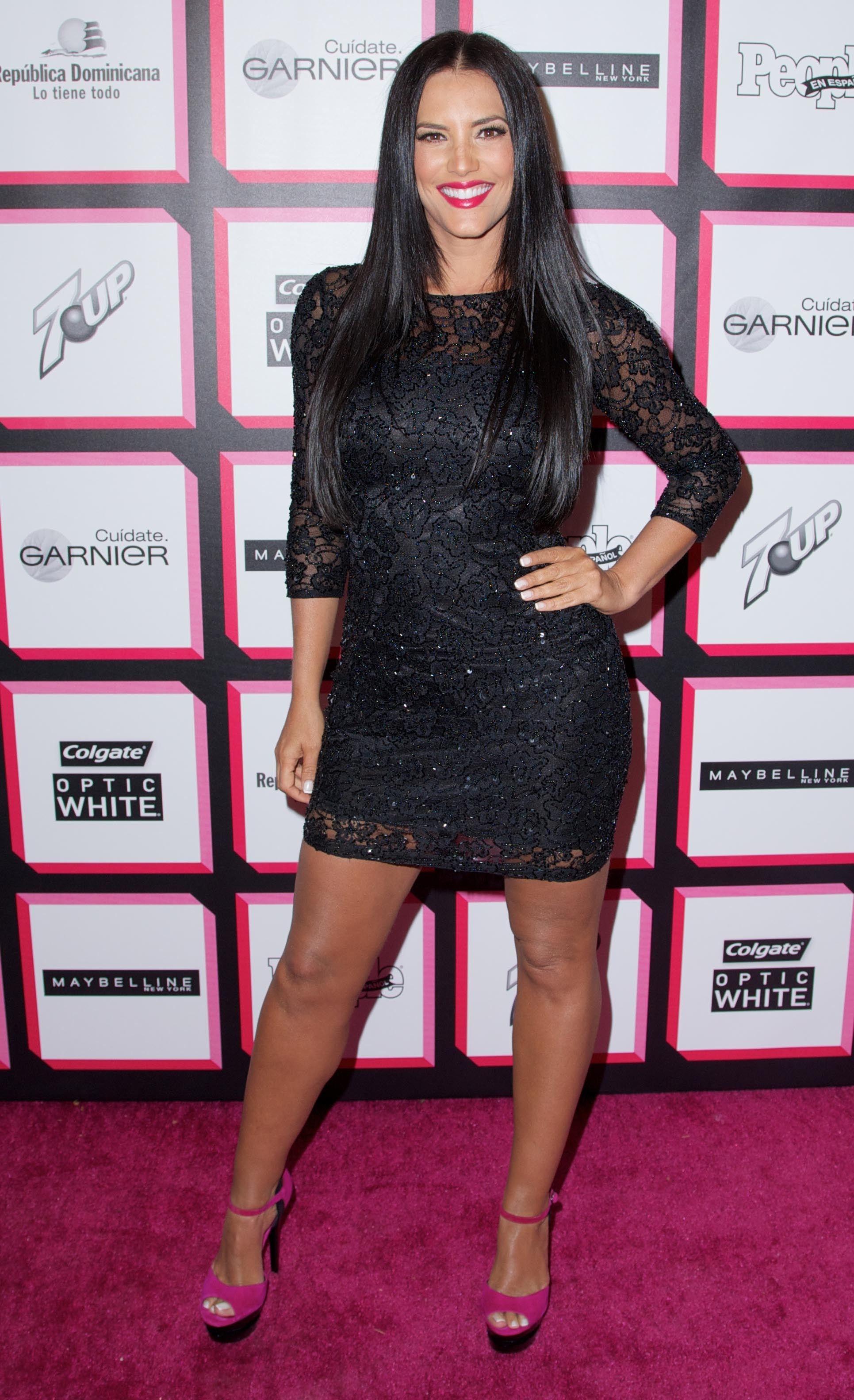 I Love This Combination Black Dress With Pink Heels Dresses Favorite Dress Pink Dress [ 3164 x 1931 Pixel ]
