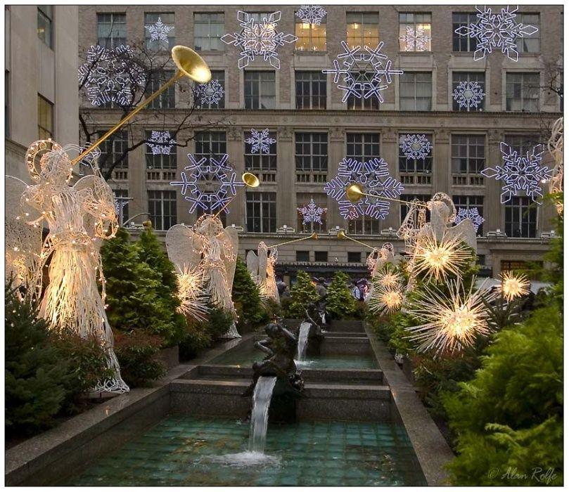 Christmas angels in Rockefeller Center