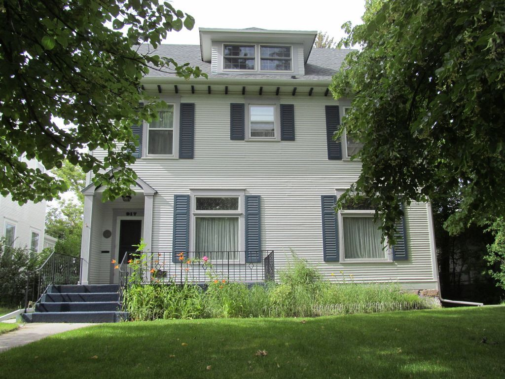 917 4th Ave N Great Falls Mt 59401 Mls 16 1695 Zillow Great Falls Fall House