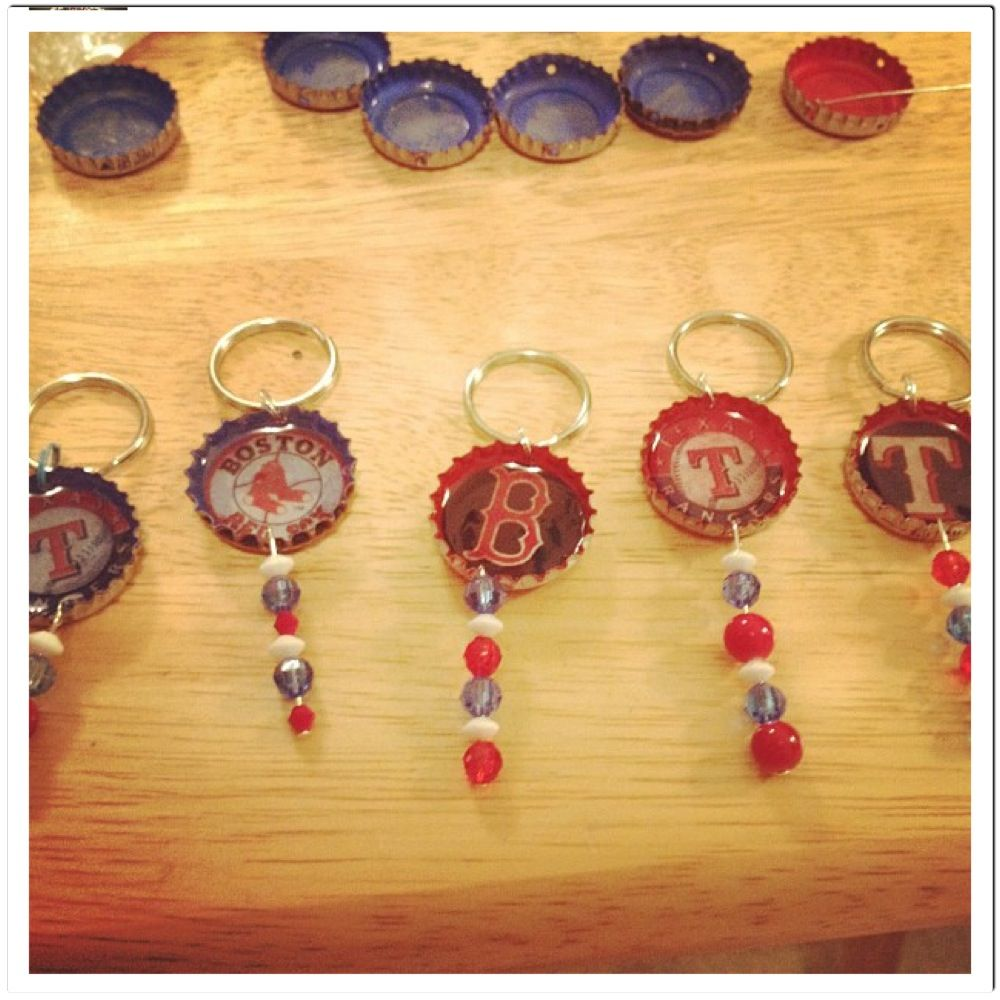 diy bottle cap keychains personal projects i 39 ve tried