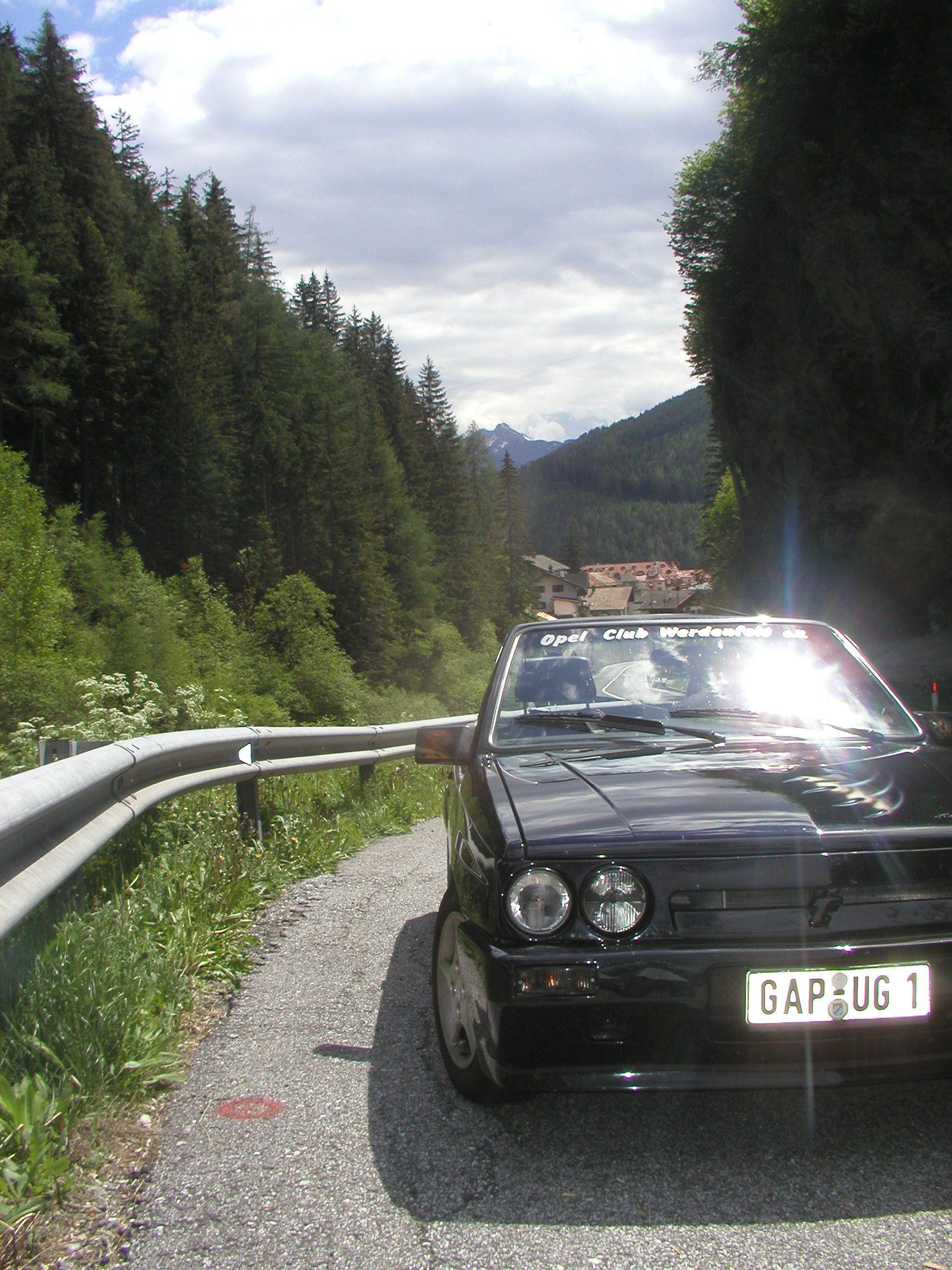 Sudtirol Alte Brennerstrasse Nahe Brixen Ammergauer Alpen