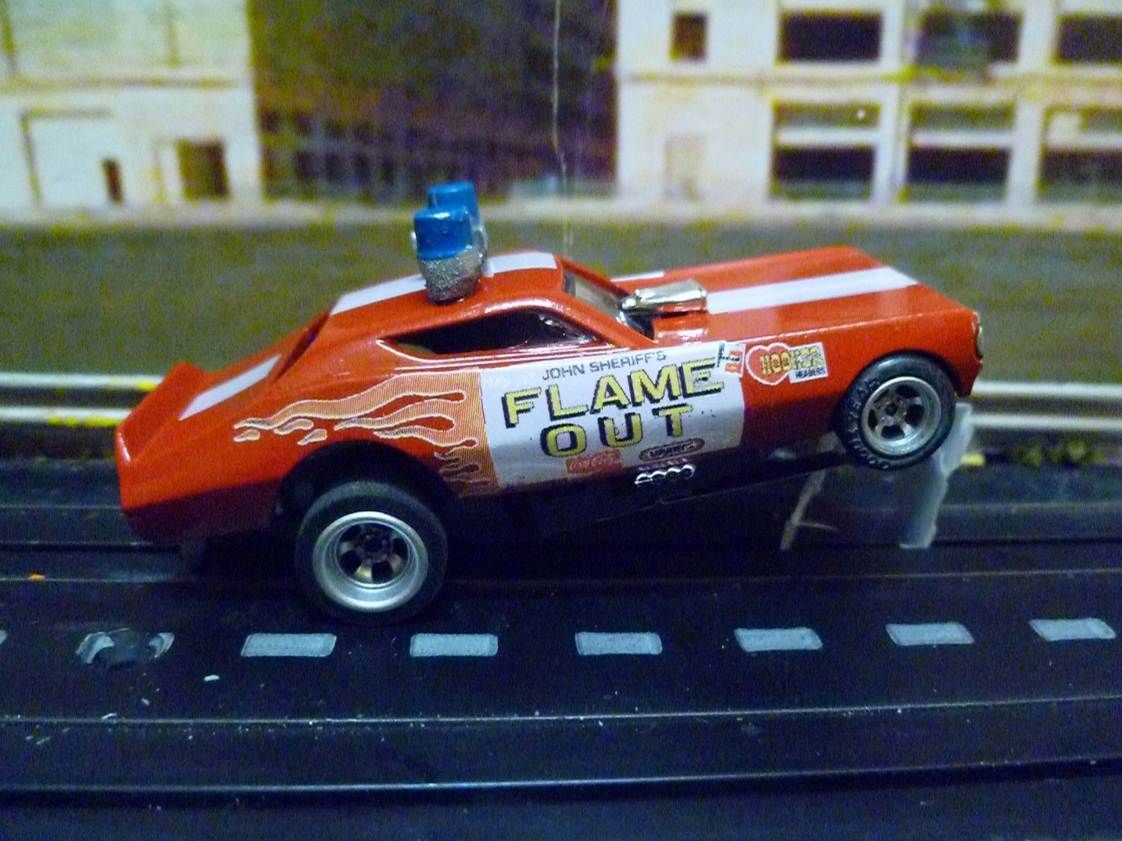 Auto world 4 gear ho slot car flame out plymouth duster